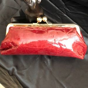 🆕BNWT-Rich Burgundy color bag shiny patent finish